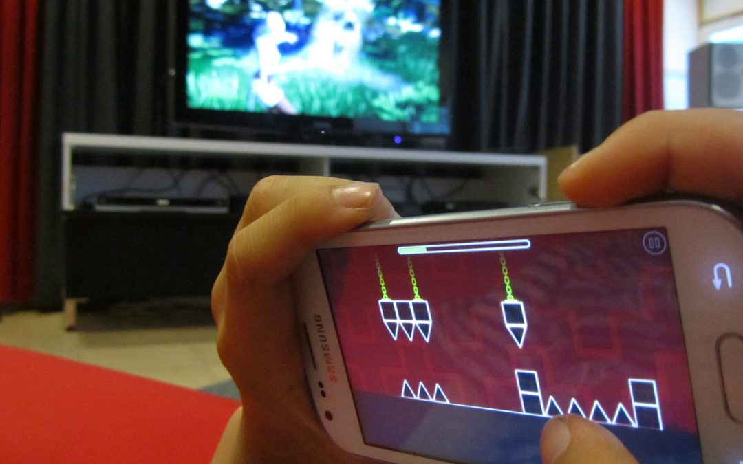 Vælg et abonnement med underholdning og få mest ud af mobilen